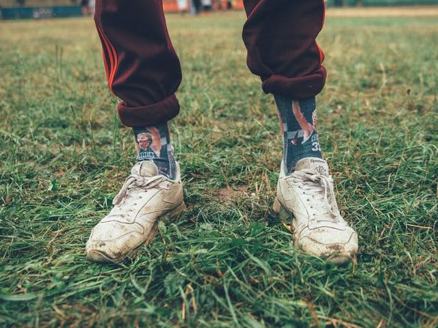 dreckige Sneakers