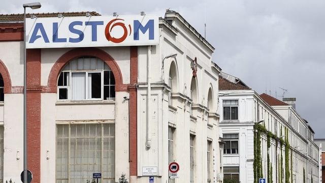 Fabrica dal concern Alstom a Belfort.