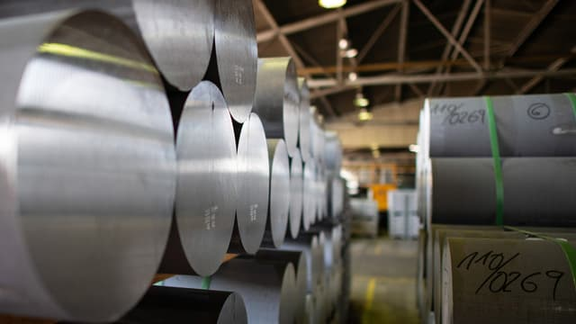 rollas d'aluminium èn magasinadas