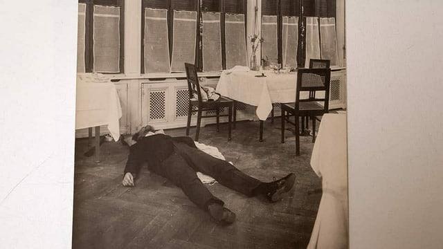 Historisches Bild eines Erschossenen