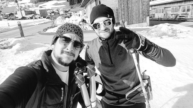 Purtret Serafin Beer sin ils skis da passlung.