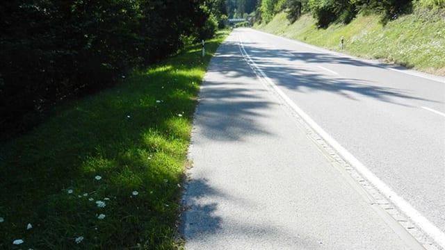 Nova senda e via da velos tranter Flem e Laax