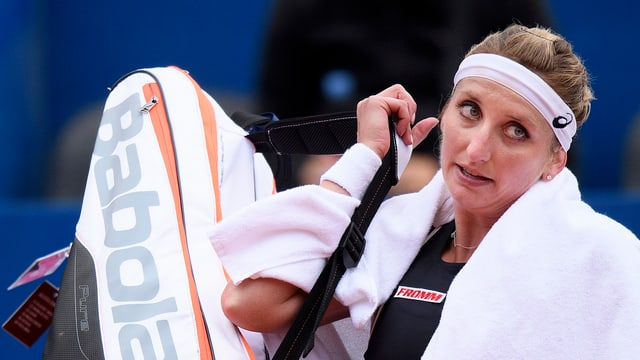 Timea Bacsinszky banduna la plazza da tennis.