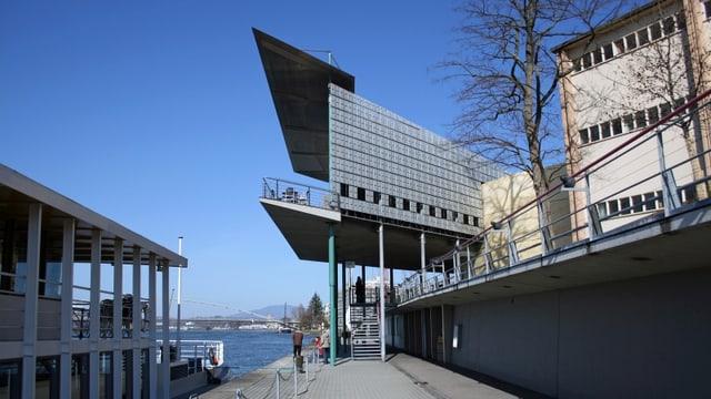Das Restaurant Dreiländereck an der Anlegestelle für Schiffe