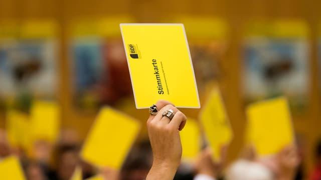 Abstimmung bei der Delegiertenversammlung in Pratteln.
