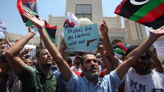 Kundgebung auf dem Algeria-Platz in Tripolis gegen die anhaltende Unsicherheit in Libyen.