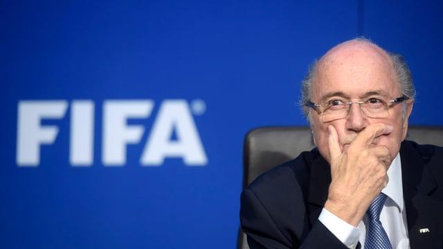 Sepp Blatter è pensiv