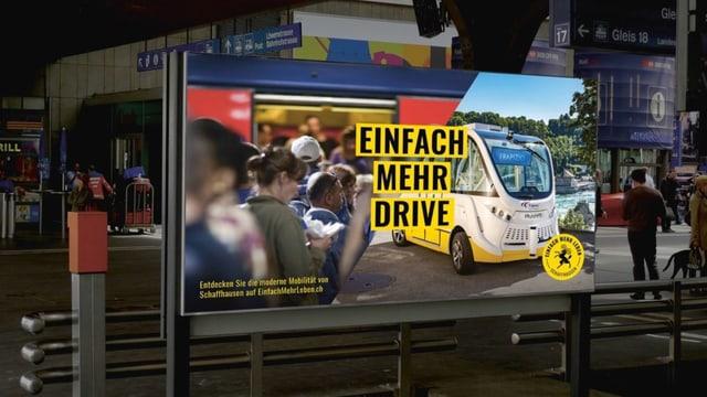 Ein Plakat auf den man einen selbstfahrenden Bus sieht und den Slogan «Mehr Drive».