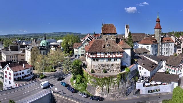 Die Stadt Frauenfeld. In der Bildmitte das Schloss Frauenfeld.