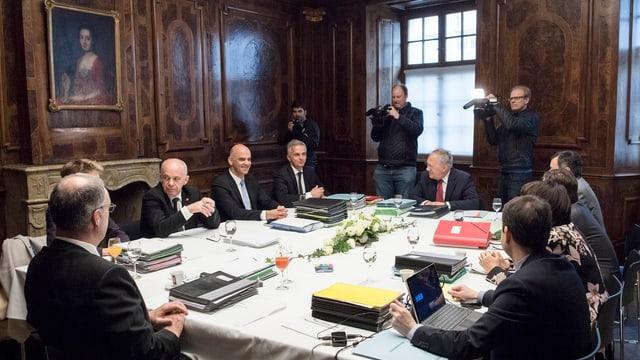 Politichers svizzers.