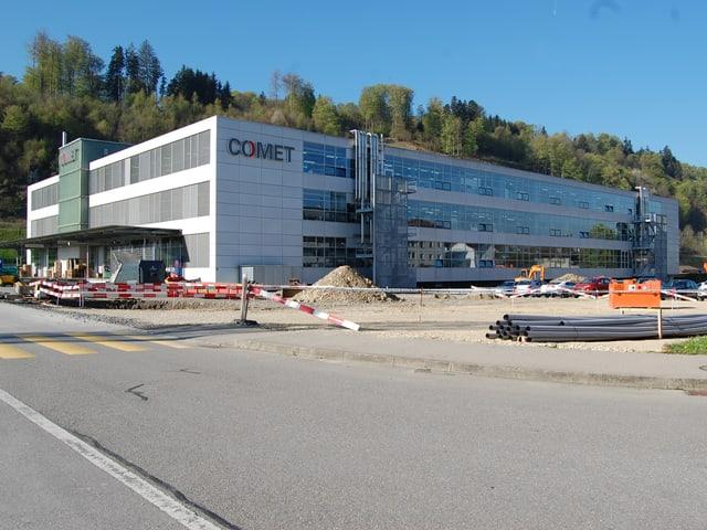 Der Comet-Hauptsitz in Flamatt FR