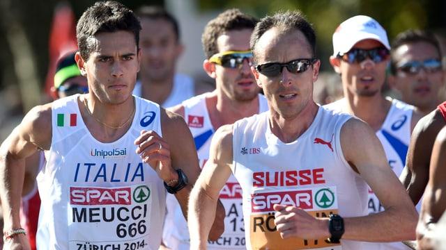 Viktor Röthlin neben dem späteren Sieger Daniele Meucci.