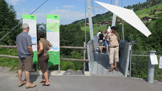 Der Platz am Urs Widmer: Der Brückenkopf auf Sigriswiler Seite.