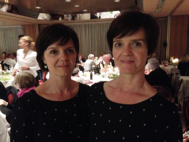 Weibliches Zwillingspaar.