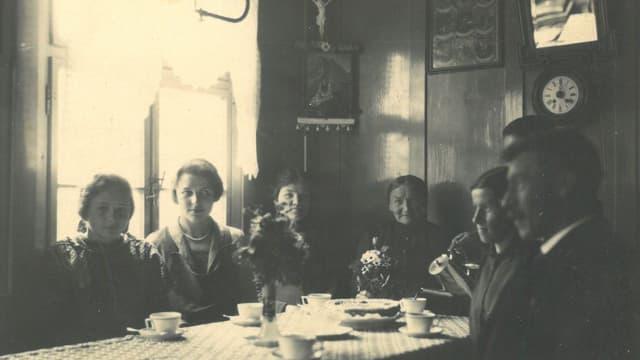 Maria Johanna Dörig mit Gästen
