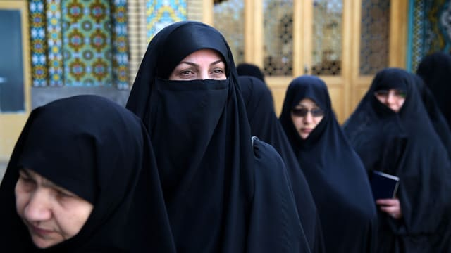 Il suveran iranais è stà clamà a las urnas.