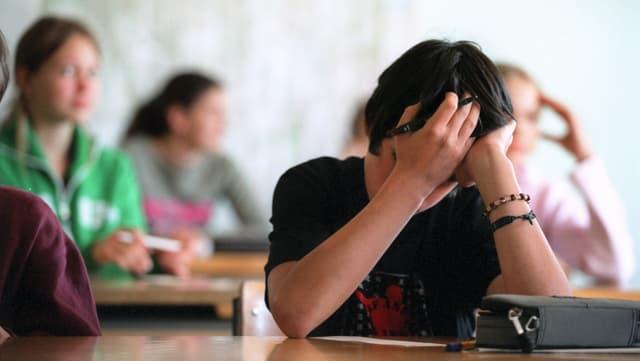 Las universitads sa lamentan gia pli ditg sur da cumpetenzas manglusas da gimnasiasts.