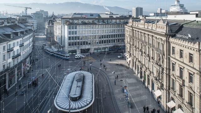 Blick aus der Vogelperspektive auf den Zürcher Paradeplatz.