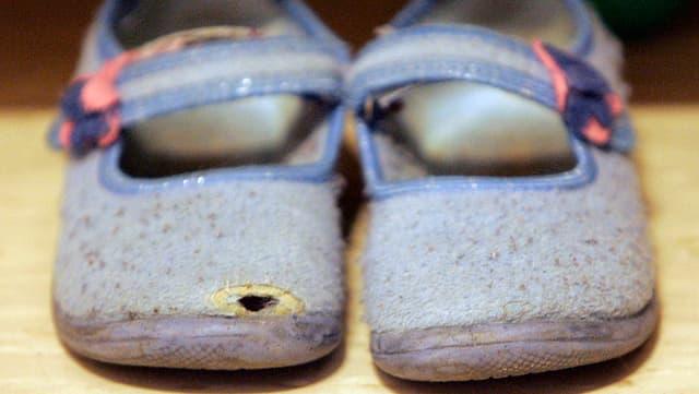 pantoflas cun foras.