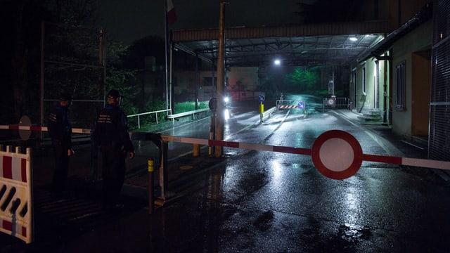 Il cunfin a Novazzano resta serrà mintga di davent da las 23:00 enfin las 5:00 uras.