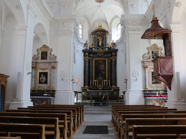Blick ins Innere einer Kirche.