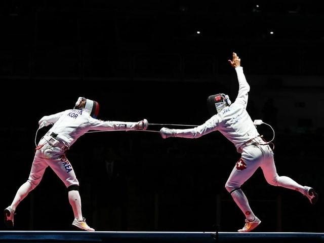 Fechten, zwei Athleten beim Kampf
