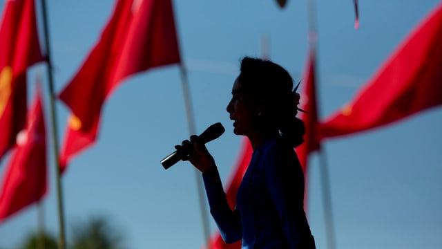 Schattenbild von Aung Sang Suu Ki