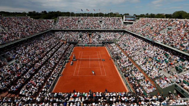 volles Stadion am French Open