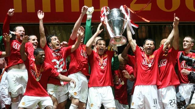 Giggs feiert den Gewinn der Champions League 2008