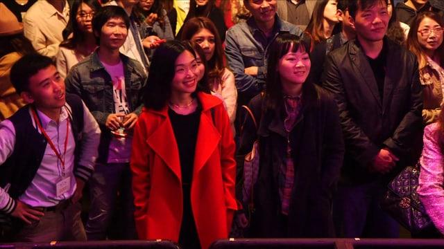 Ausschnitt aus Zuschauermenge