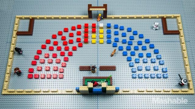 Lego-Bausteine zeigen die Sitz-Verteilung im Senat.