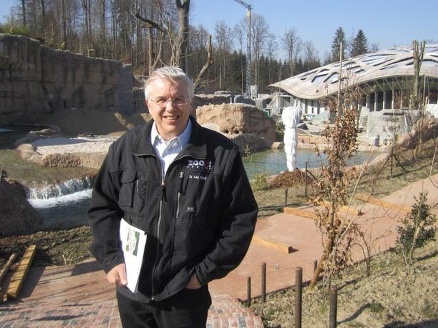 Alex Rübel, Zoodirektor im Zoo Zürich,