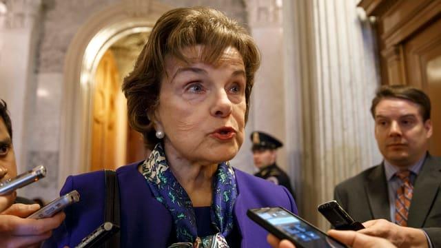 US-Senatorin Dianne Feinstein nach der Sitzung des Geheimdienstausschusses.