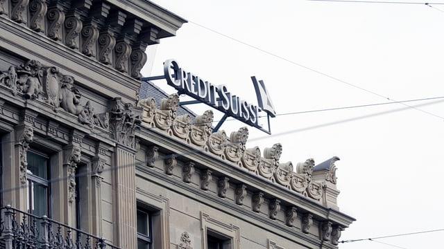 Il logo da la Credit Suisse sin in bajetg.