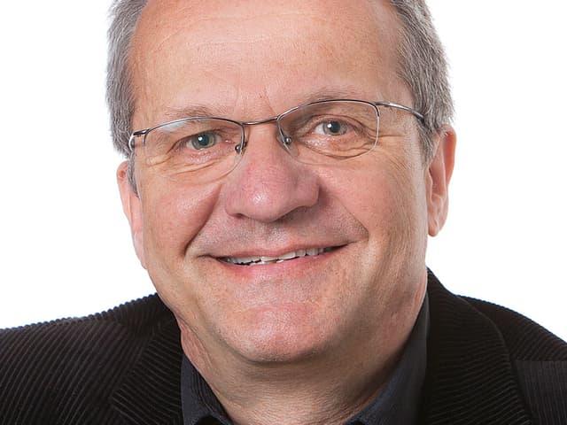 Porträtfoto von Peter Lienhard.