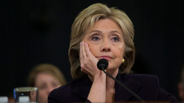 Hillary Clinton vor dem Sonderausschuss zu Bengasi