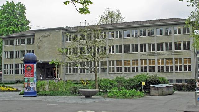 Die Zentral-und Hochschulbibliothek in Luzern im Vögeligärtli