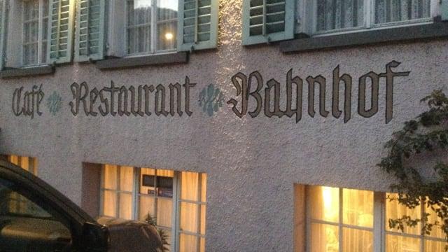 Video «Restaurant Bahnhof in Glarus (Siegerbeiz) (WH) – Tag 4» abspielen
