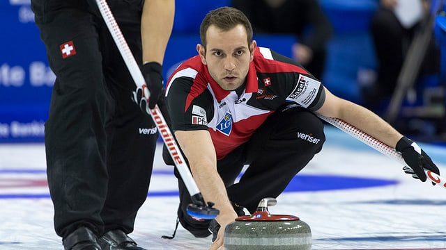 purtret dal giugader da curling Sven Michel