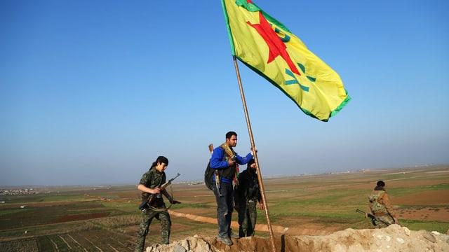 Kämpfer der YPG.