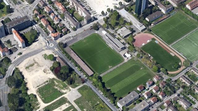 Das Gurzelen-Stadion von oben gesehen.