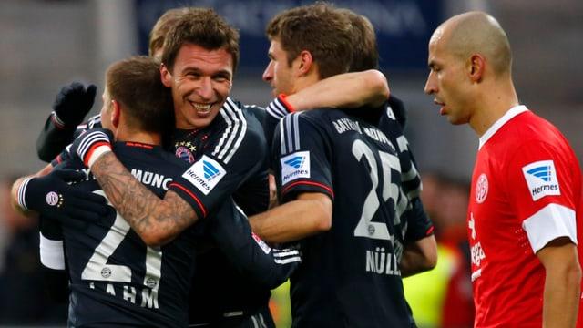 Bayern gewinnt auch in Mainz.