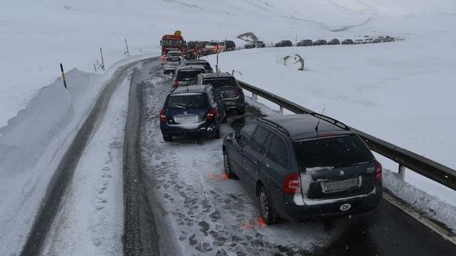 accident d'autos sin il pass dal Güglia
