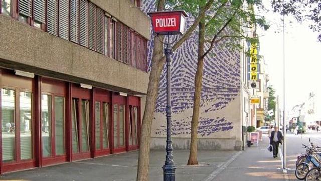 Eingang Polizeiposten Clara