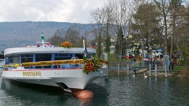Das Schiff «Rousseau» auf der Aare