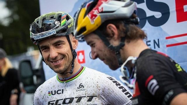 Ils mountainbikers Nino Schurter e Lars Forster.