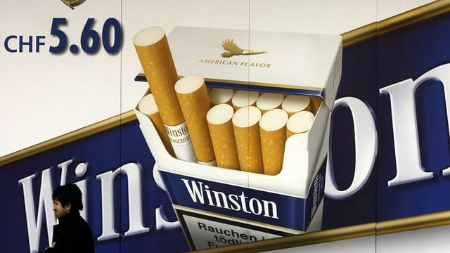 Purtret d'ina reclama da cigarettas da Winston sin in placat.