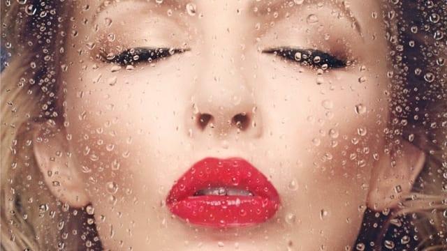 Kylie Minogue auf dem Cover ihres neuen Albums «Into The Blue».