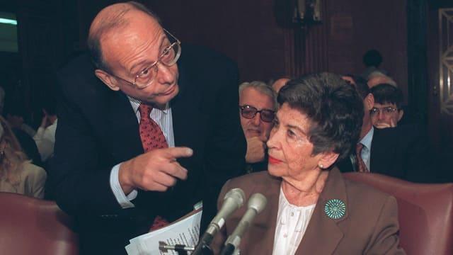 Alfonse D'Amato und Greta Beer