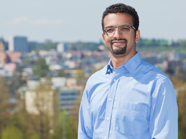 Porträt des Luzerner SP-Politikers Brahim Aakti.